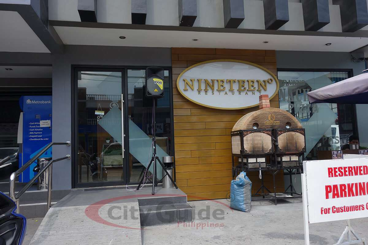 Nineteen-Restaurant-MacArthur-Highway-Angeles-City